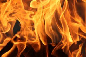 """Devocional """"Entre tus manos"""" – Episodio 24: Aviva el fuego"""
